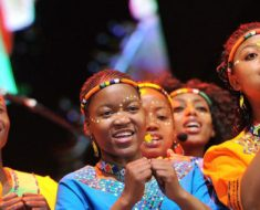 Vusi Mahlasela and Mzansi Youth Choir collaborate