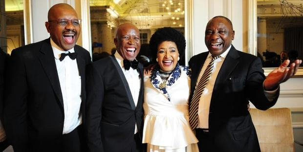 Tjo!! Dali Mpofu Gets Roasted For Being Mama Winnie's 'Ben ...