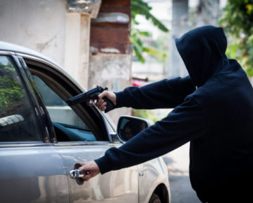 21 year old arrested for carjacking in Delft